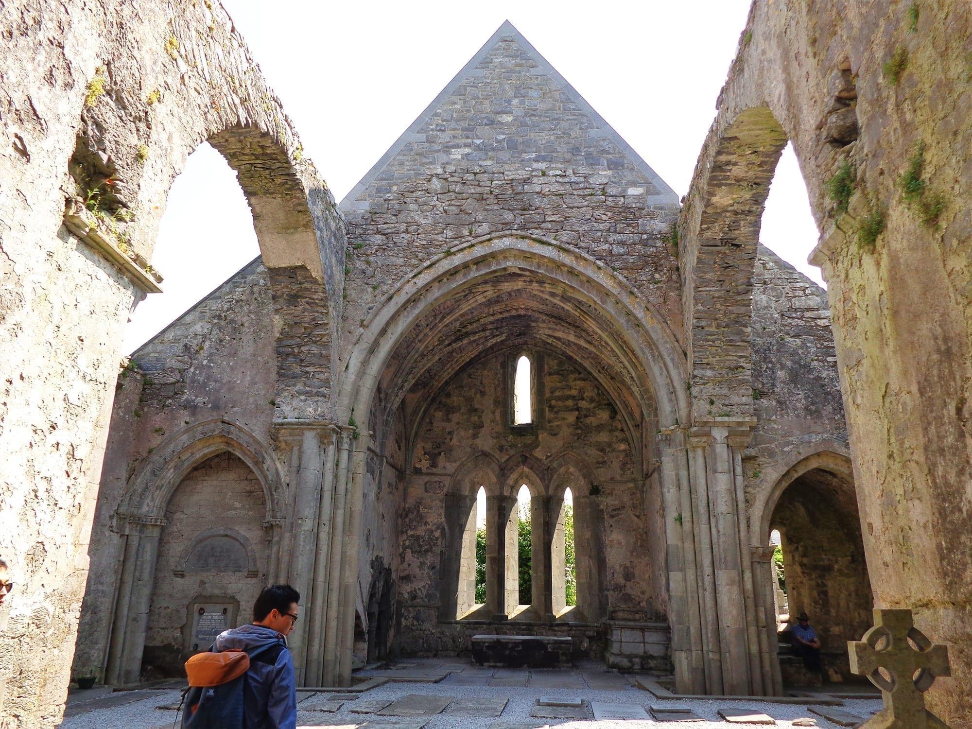 paddy wagon tours Benedictine Abbey
