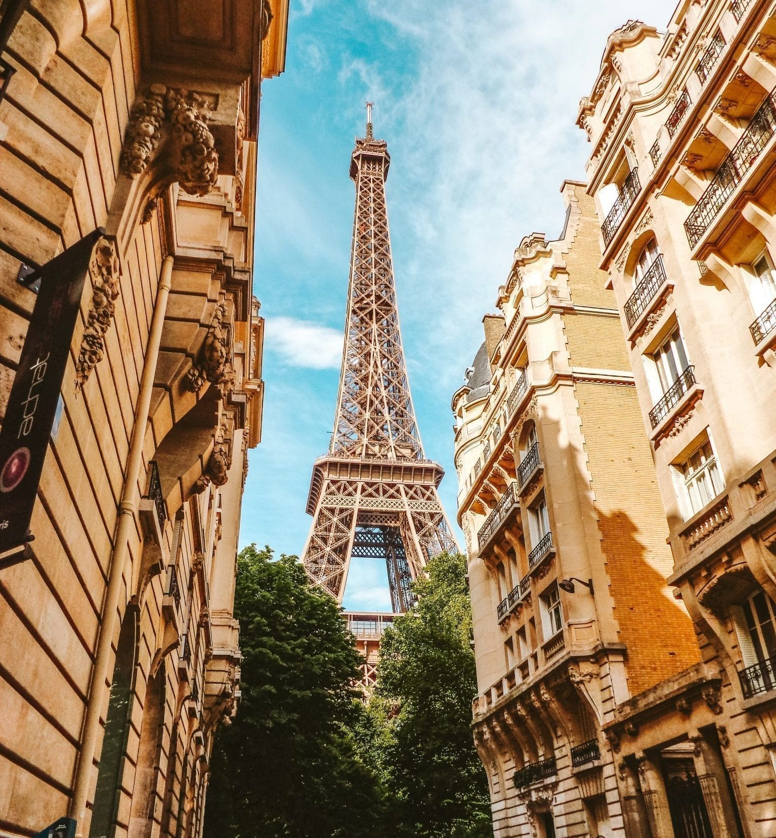 eiffel tower international trip planner