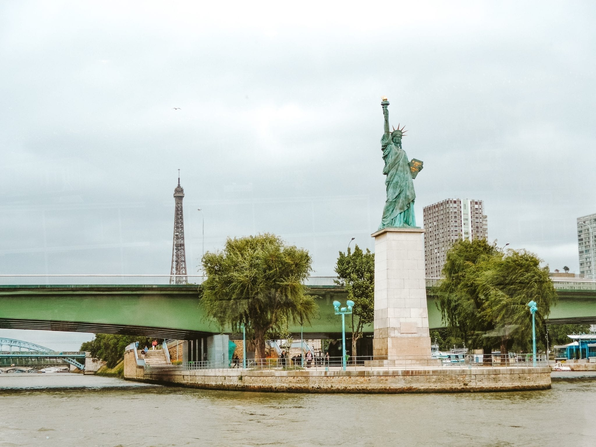 statue of liberty Seine River Cruise