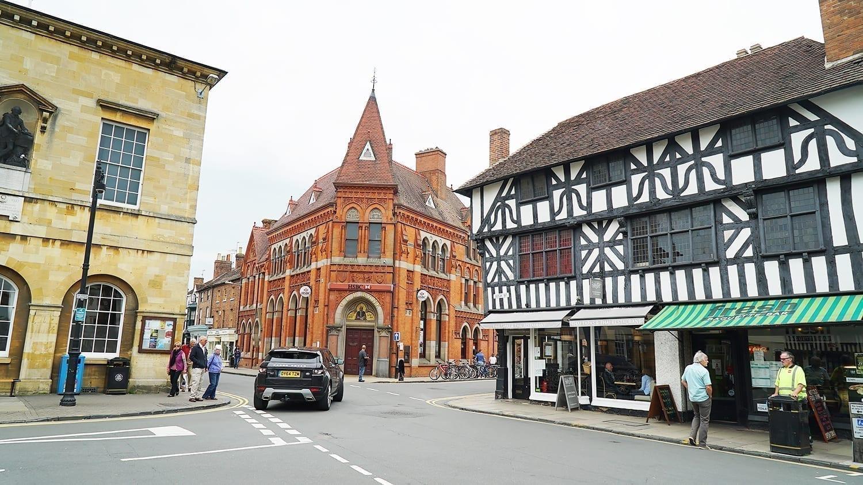 hometown of William Shakespeare