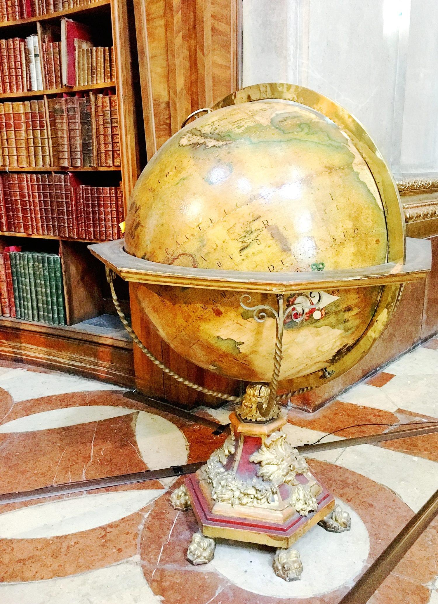 Venetian globe